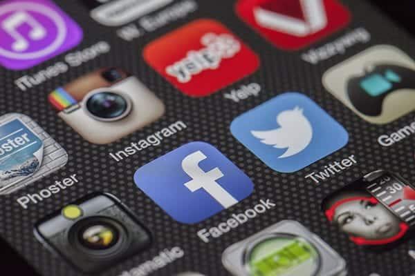 mobile app development toronto eggsmedia